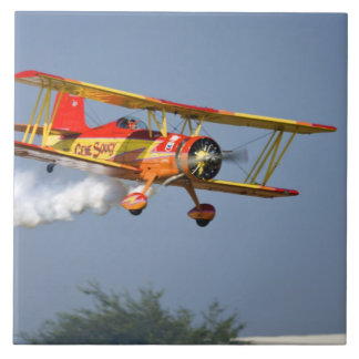 Gene Soucy performing aerobatics in Grumman Tile
