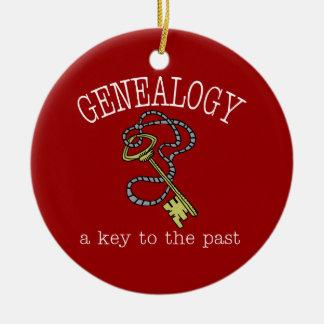 Genealogía una llave al último ornamento adorno navideño redondo de cerámica