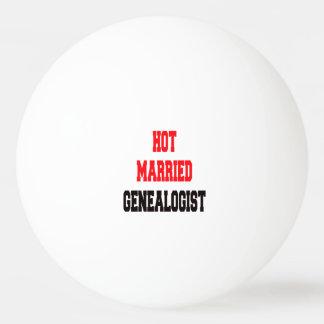 Genealogist casado caliente pelota de tenis de mesa