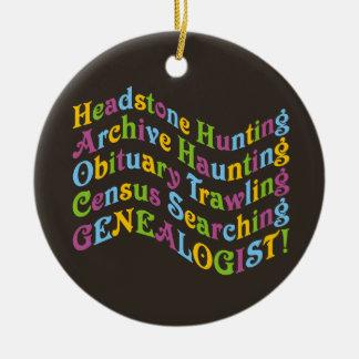 Genealogist de la caza de la lápida mortuoria adorno navideño redondo de cerámica