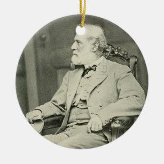 General confederado Roberto E. Lee Sitting en Adorno Redondo De Cerámica