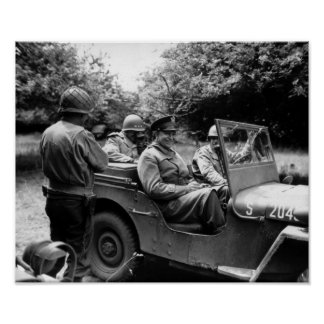 General Eisenhower In A Jeep -- WWII Póster