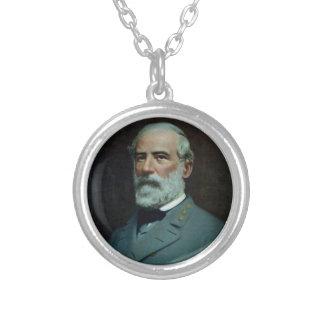 General Robert E. Lee Round Pendant Necklace