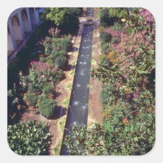 Generalife rosado, flujo de Alhambra, Granada, Esp Calcomania Cuadradas Personalizadas
