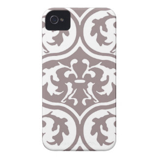 Generous Refreshing Classic Lively iPhone 4 Cover
