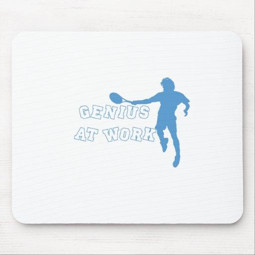 Genio de la camiseta de Federer en el trabajo Tapetes De Ratones