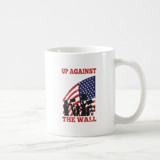 Gente americana Wall Street de protesta Tazas De Café