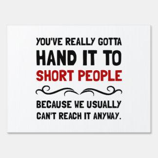 Gente corta señal