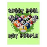 Gente de la piscina del lanzamiento no tarjeta postal