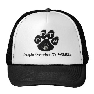 Gente dedicada al gorra de la fauna