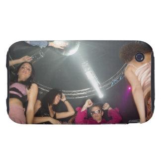 Gente que baila en un club tough iPhone 3 funda