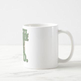 Genuflexión antes del césped taza