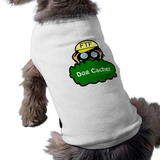Geocacher en la camiseta del perro de Geocaching d Playera Sin Mangas Para Perro
