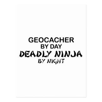 Geocacher Ninja mortal por noche Tarjetas Postales