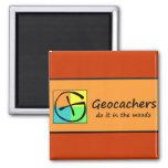 Geocachers lo hace en las maderas imán de nevera