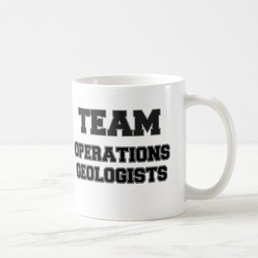 Geólogos de las operaciones del equipo tazas de café