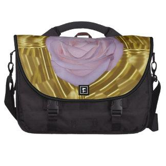 Geometría color de rosa y sagrada rosada bolsas de ordenador