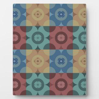 Geometric Circle Repeatable Pattern Plaque