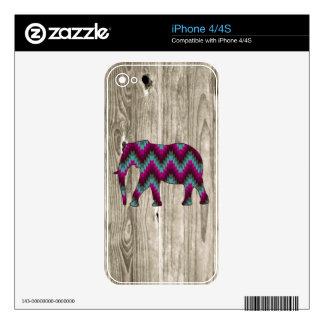 Geometric Elephant on Wood Design iPhone 4 Skin