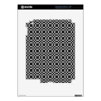 Geometric Pattern in Black and White iPad 2 Skins