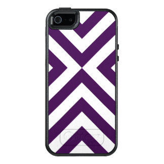 Geometric Purple and White Chevrons Pattern OtterBox iPhone 5/5s/SE Case
