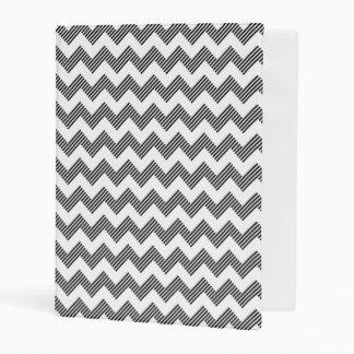 Geometric zigzag pattern mini binder