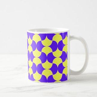 geometricas de los formas de COM del padrão Taza Básica Blanca