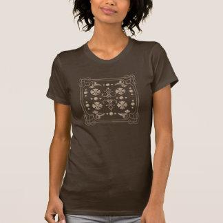 Geométrico beige clásico con la camiseta del playeras