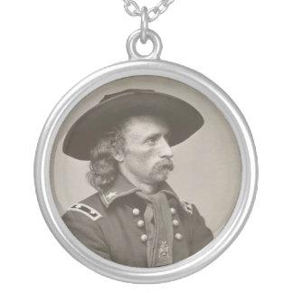 George Armstrong Custer Collar Plateado