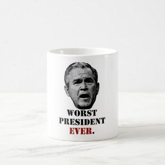 George W. Bush: El presidente peor Ever Taza Básica Blanca
