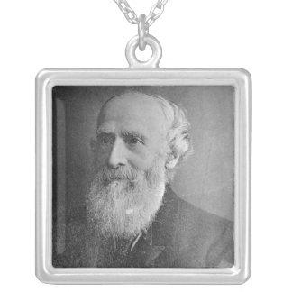 George Williams Collar Plateado