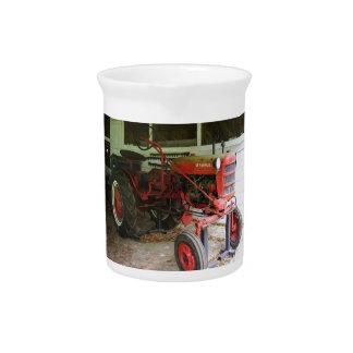 Georgia tractor beverage pitcher