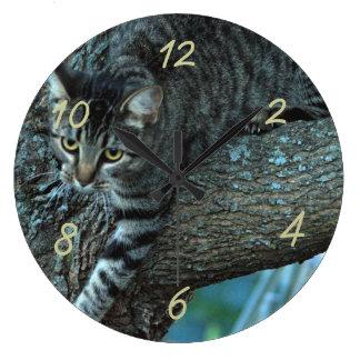Georgie cat in a tree clock- customize wallclocks