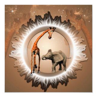 """Geraffe y elefante divertidos del dibujo animado invitación 5.25"""" x 5.25"""""""