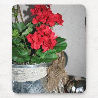 Geranium Bouquet Mouse Pad