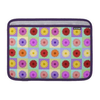 Gerbera Daisy Pattern MacBook Air Sleeve