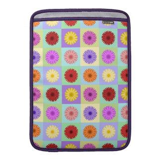 Gerbera Daisy Pattern MacBook Sleeve