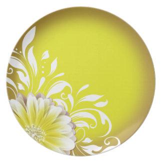 Gerbera Daisy Scroll 1 | yellow Dinner Plate