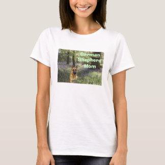 German Shepherd Mom T-Shirt Forest