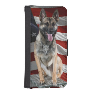 German shepherd usa - patriotic dog - usa flag iPhone SE/5/5s wallet