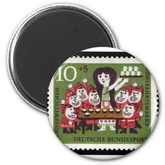 German Snow White 2 Inch Round Magnet