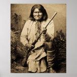 Geronimo con el indio 1886 del vintage del rifle póster