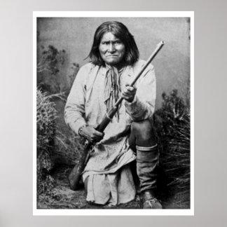 Geronimo con el rifle 1886 póster