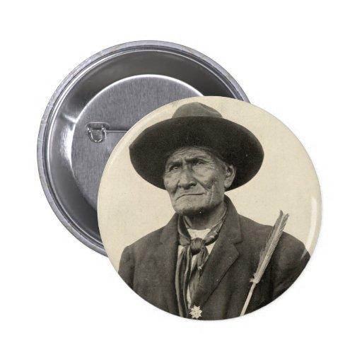 'Geronimo con las flechas Pin