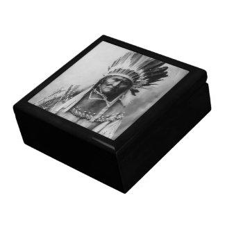 'Geronimo con los tocados Caja De Joyas