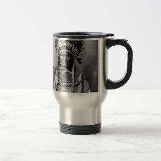 Geronimo en el tocado 1907 taza de viaje de acero inoxidable