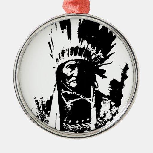 Geronimo negro y blanco adorno redondo plateado