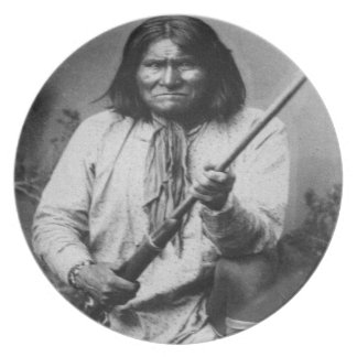 'Geronimo with Gun at the Ready' Plate