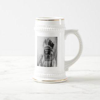 'Geronimo with Headdress' 18 Oz Beer Stein