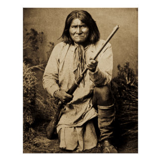 Geronimo with Rifle 1886 Posters